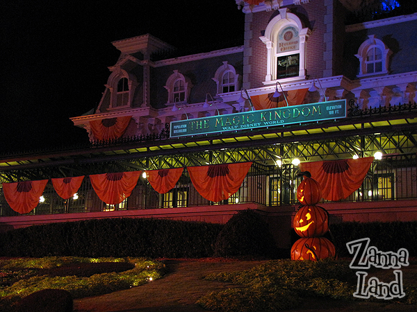 Magic Kingdom's Boo to You Parade! (Part 1 of 2)