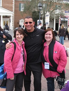 Robert Irvine Moms Panelist Kathie and Suzannah