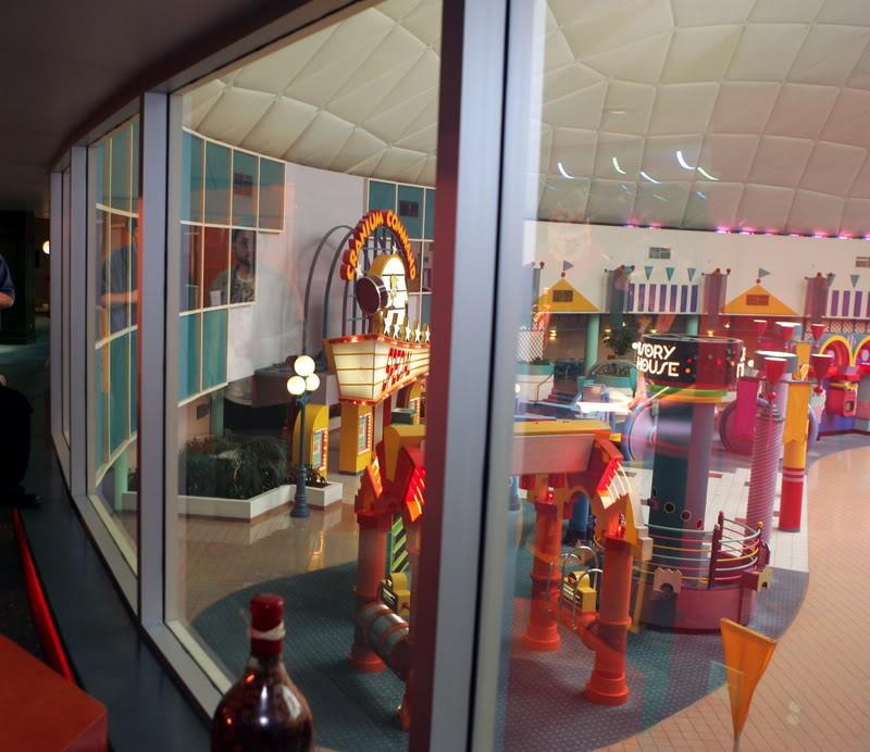 Wonders Lounge view