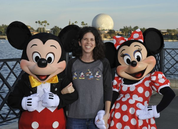 Meet Your Walt Disney World Moms Panelist-Amanda P