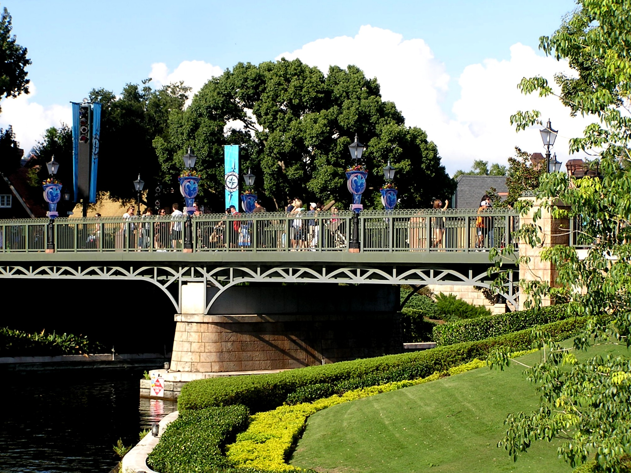 Jud's Disney Photo of the Day: CHANNEL CROSSING