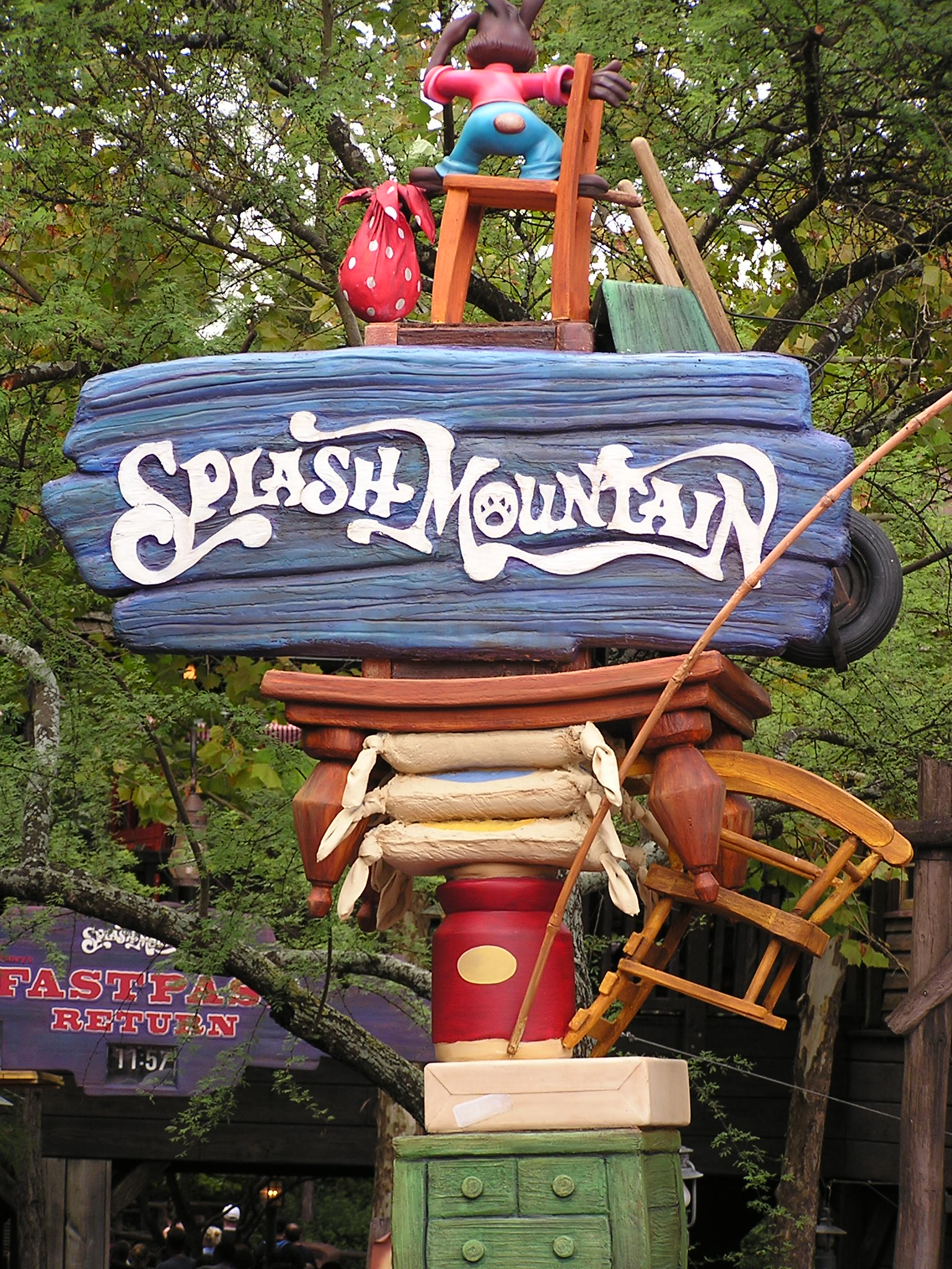 Jud's Disney Picture of the Day: SPLASH!
