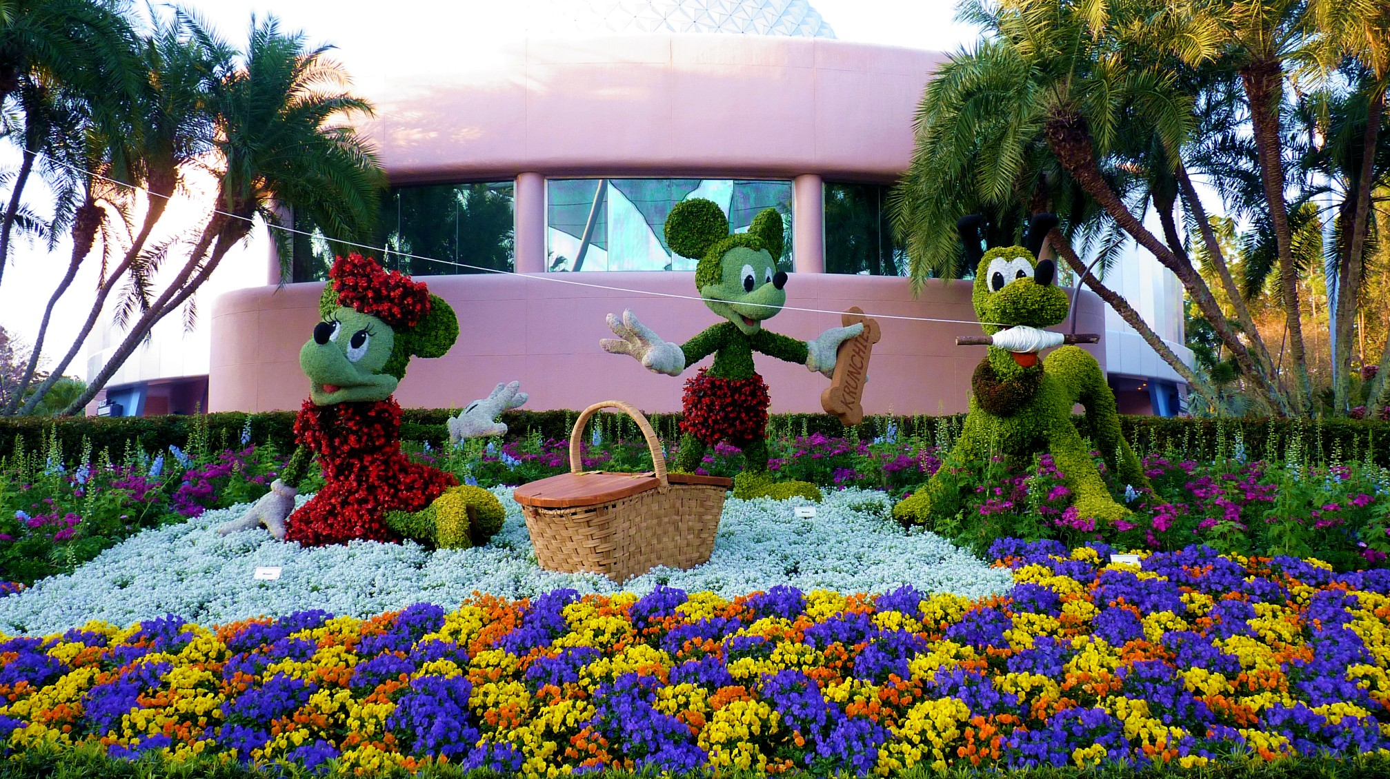 Jud's Disney Picture of the Day: MICKEY'S PICNIC
