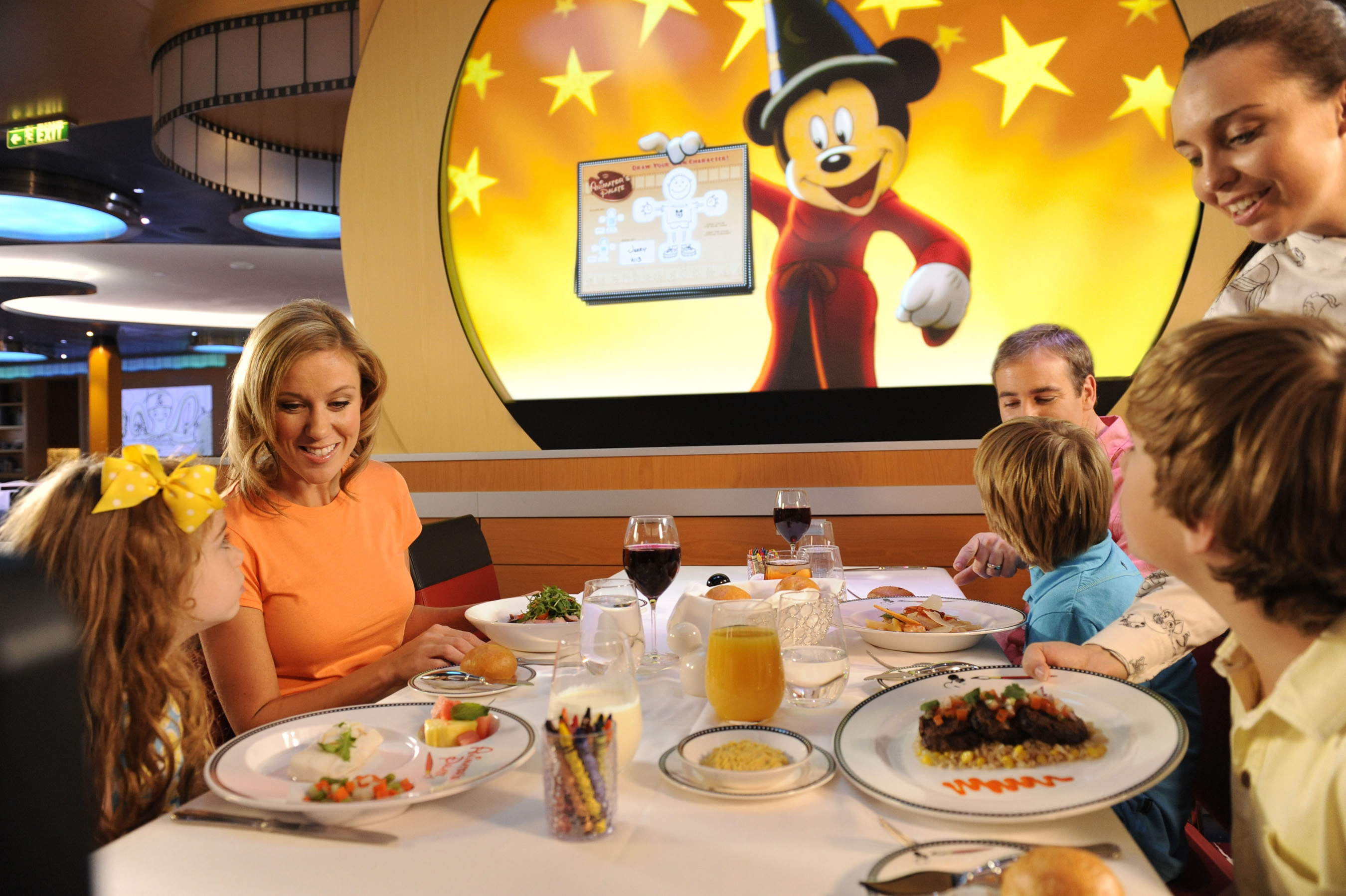 Disney Fantasy's Animator's Palate Brings Guest Drawings to Life