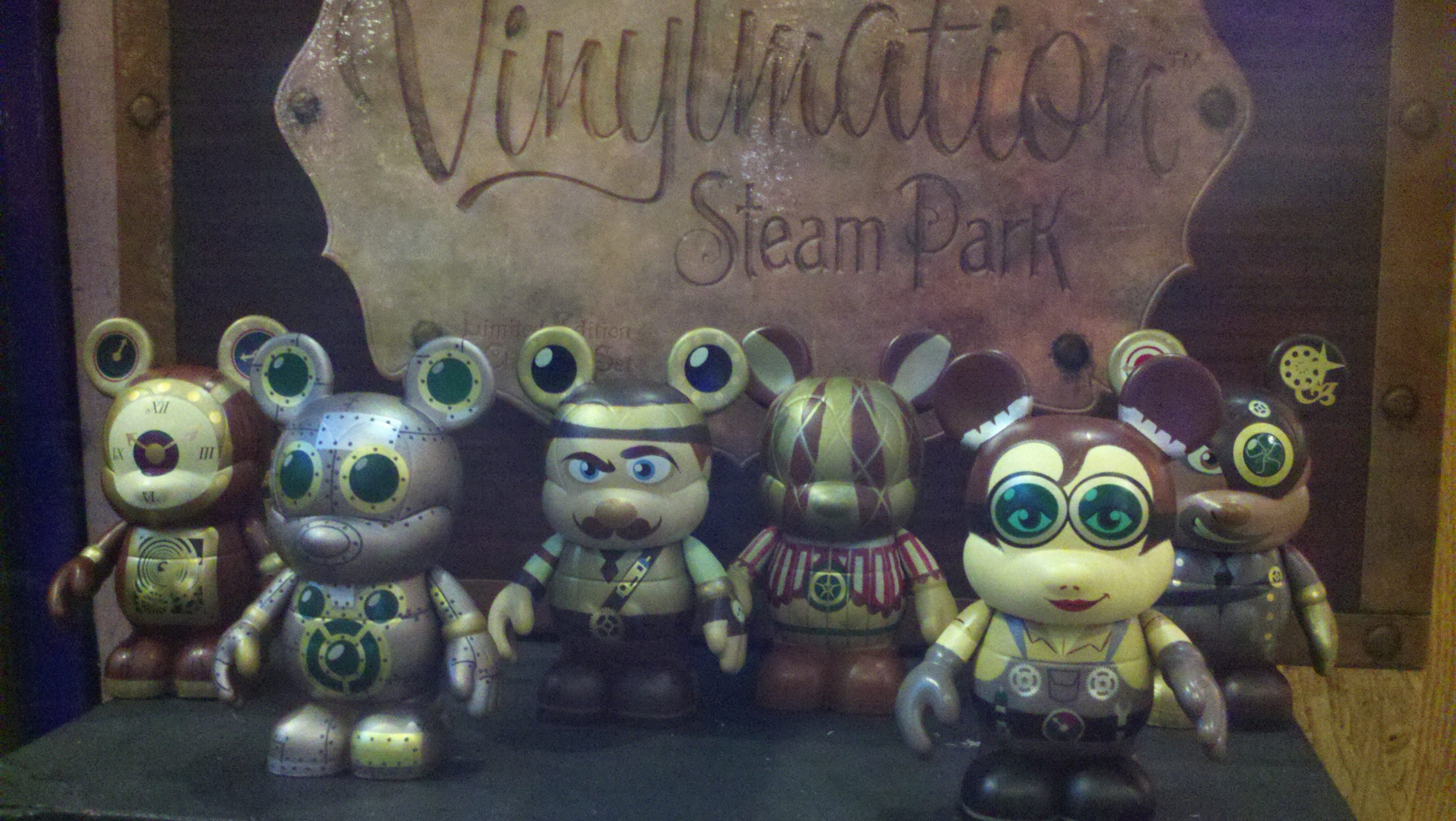 Limited Edition Steampunk Vinylmation Set