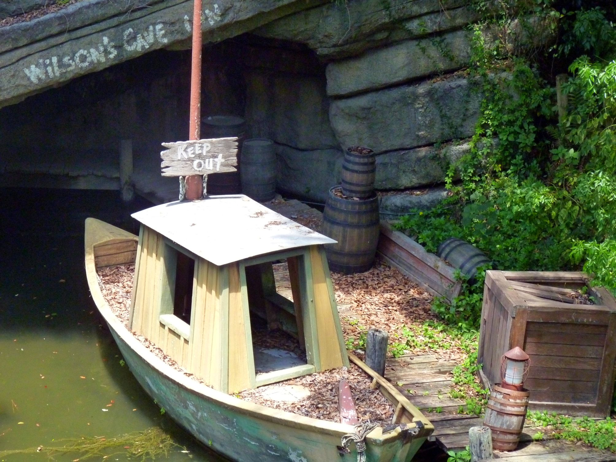 Jud's DIsney Picture of the Day: Wilson's Cave Inn