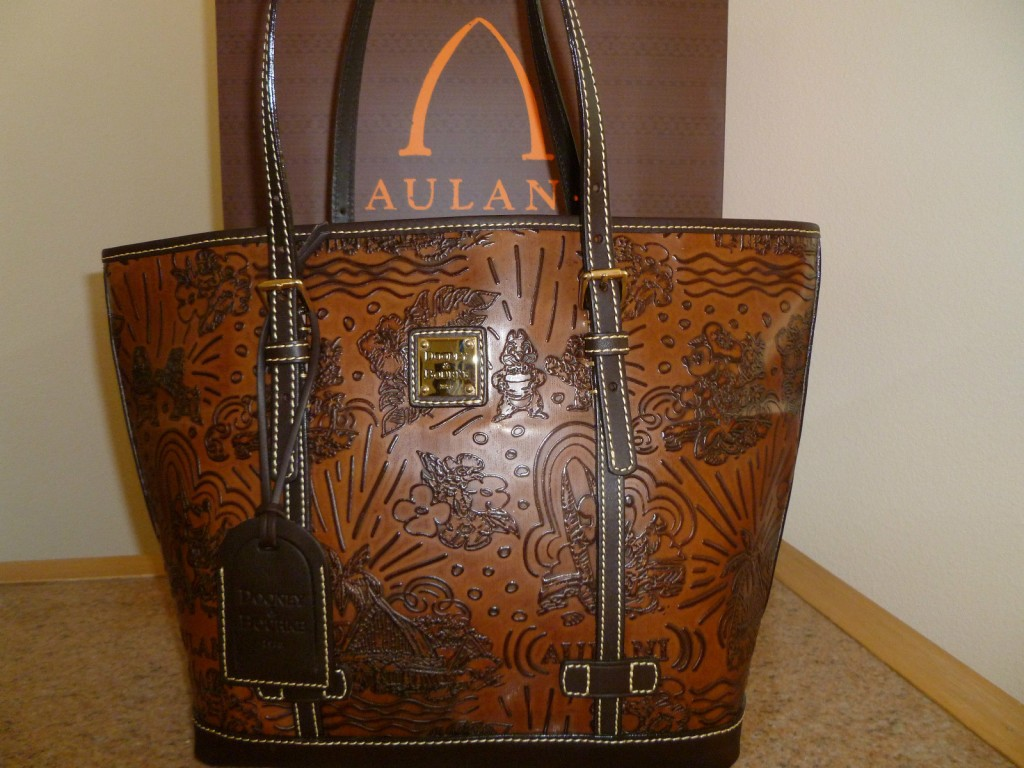 Aulani dark brown leather