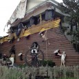 I have driven by this house for a month now, watching Neil Motti with Tri County Maintenance turn the home of Kim Hawk into this spooky pirate-filled masterpiece.  This is an annual tradition here in Celebration and just one of the many homes that go all out for holiday decor. […]