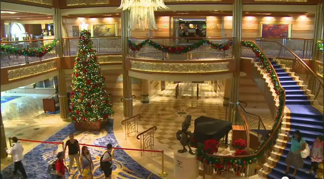 Making Christmas on the Disney Cruise Line's Dream