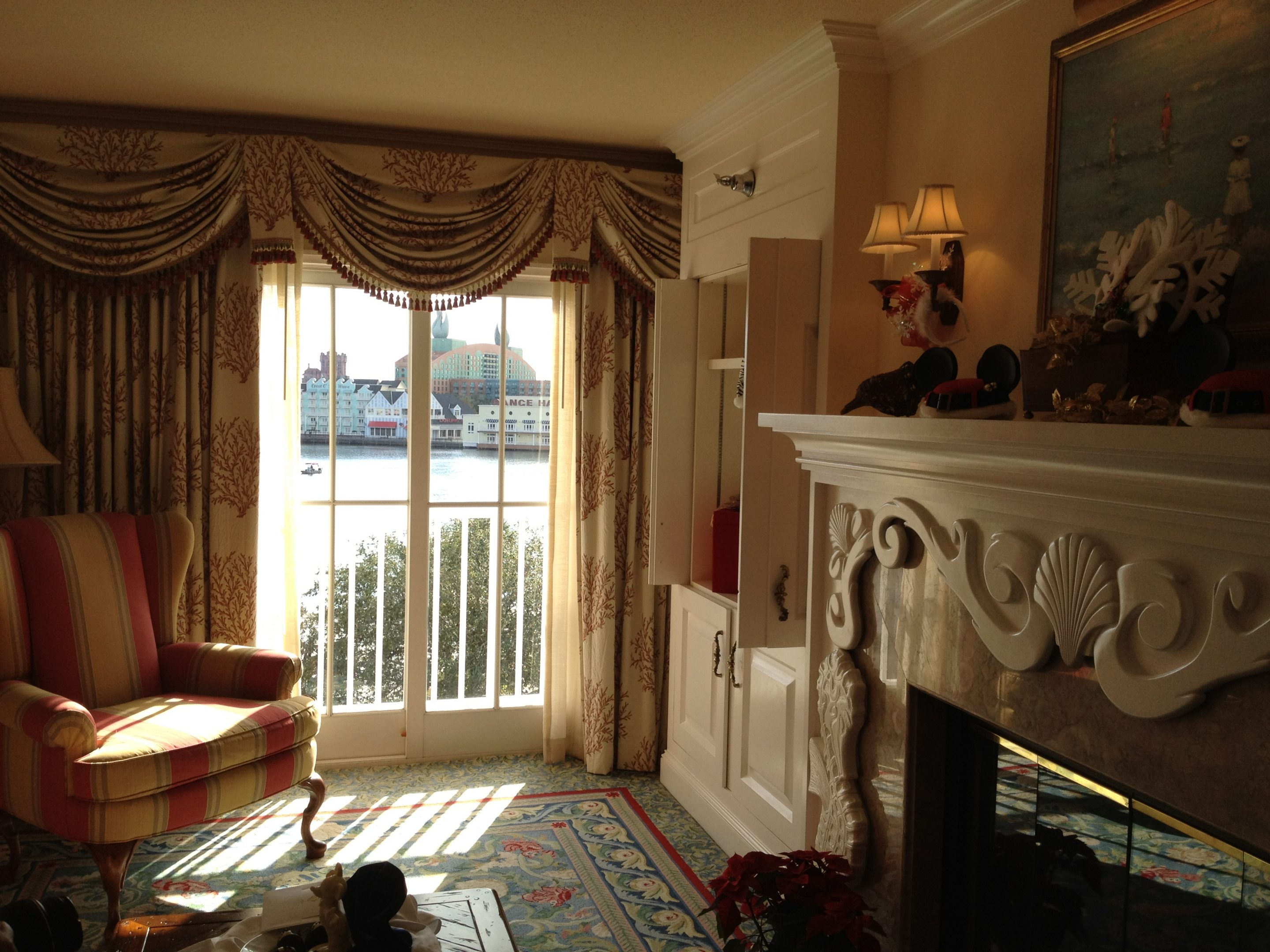 Photo Tour of Disney's Beach Club Presidential Suite