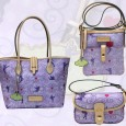 The Tinker Bell Disney Dooney & Bourke Bags are perhaps the most asked-about designs of all the Disney Dooneys to date. I SO wish they'd release them as a regular bag as well, but until then, you can snag one by registering for the 2013 Tinker Bell Half Marathon at...