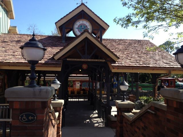 WDW Railroad Fantasyland station