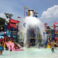 Today we were invited to experience the newly finished LEGOLAND Florida Water Park, just steps away from the LEGOLAND Florida park in Winter Haven, Florida. The day was kicked off with a Guinness World Record being set for the most people bouncing beach balls. The final total reached 1,355 volunteers...