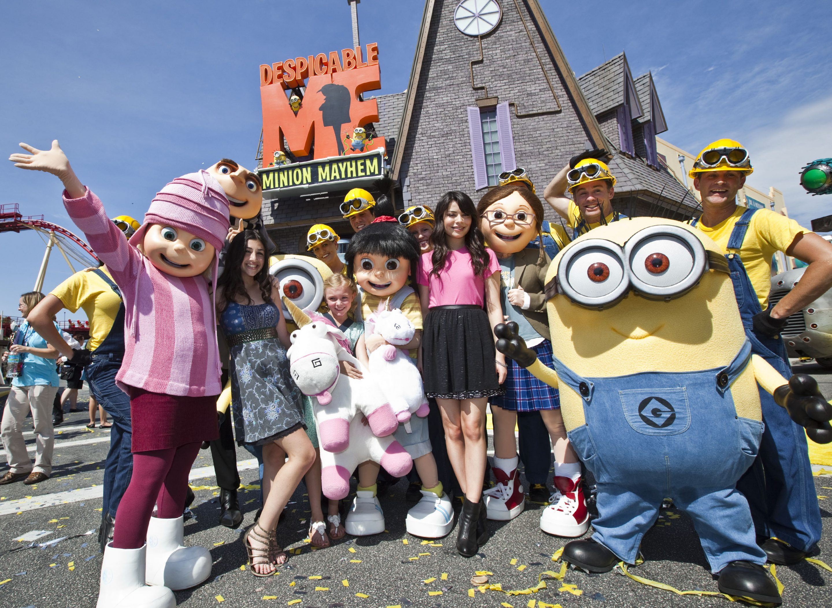 Miranda Cosgrove Celebrates Despicable Me Minion Mayhem At Universal Orlando Resort