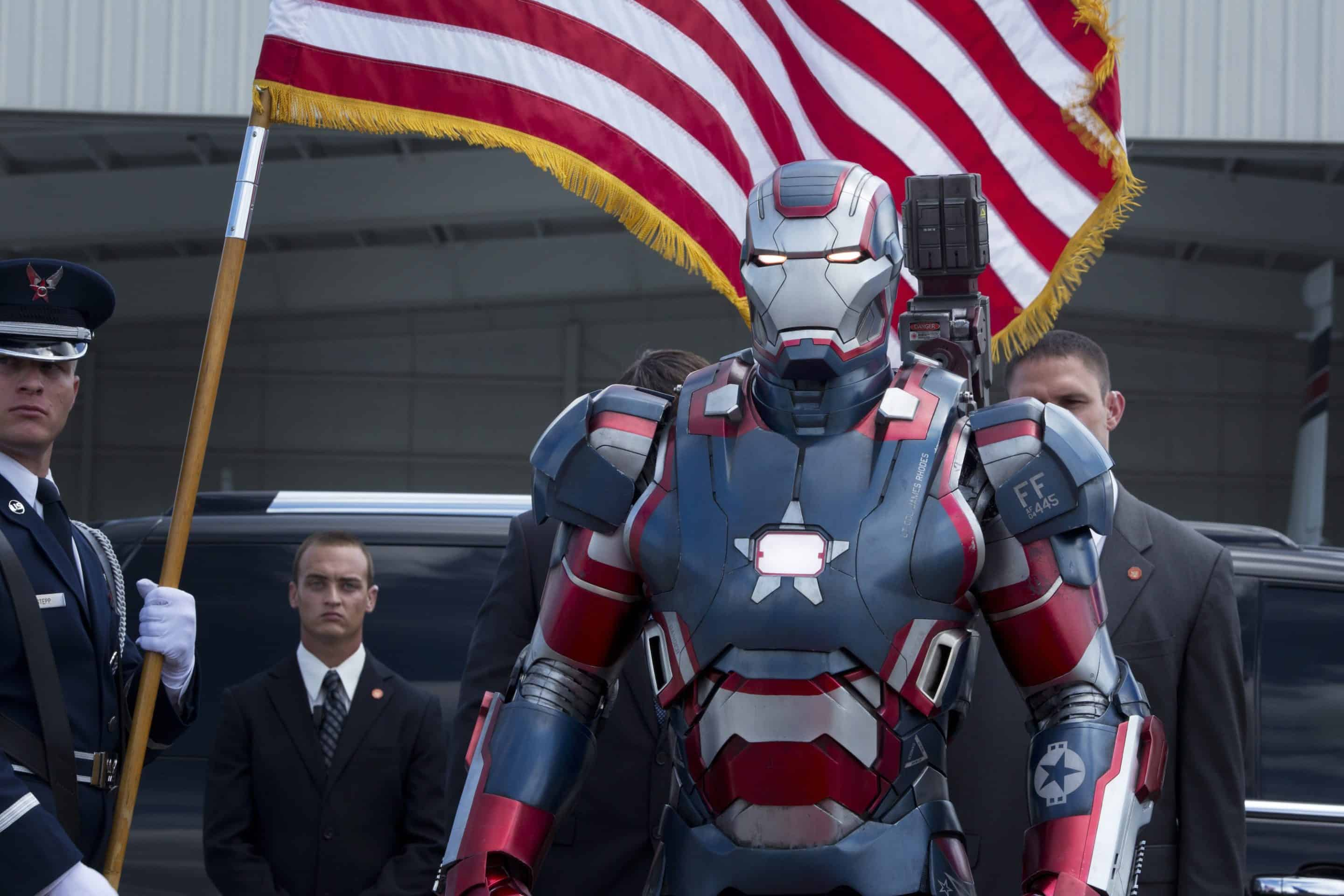 Iron Man 3 Official Trailer and Production Photos
