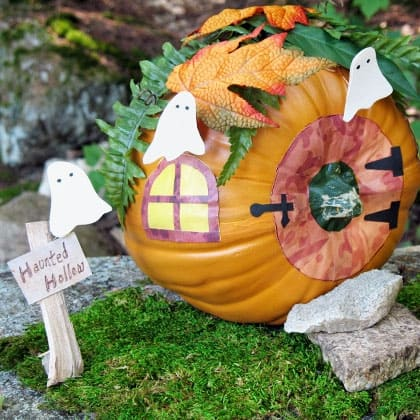 haunted-pumpkin-cottage-halloween-craft