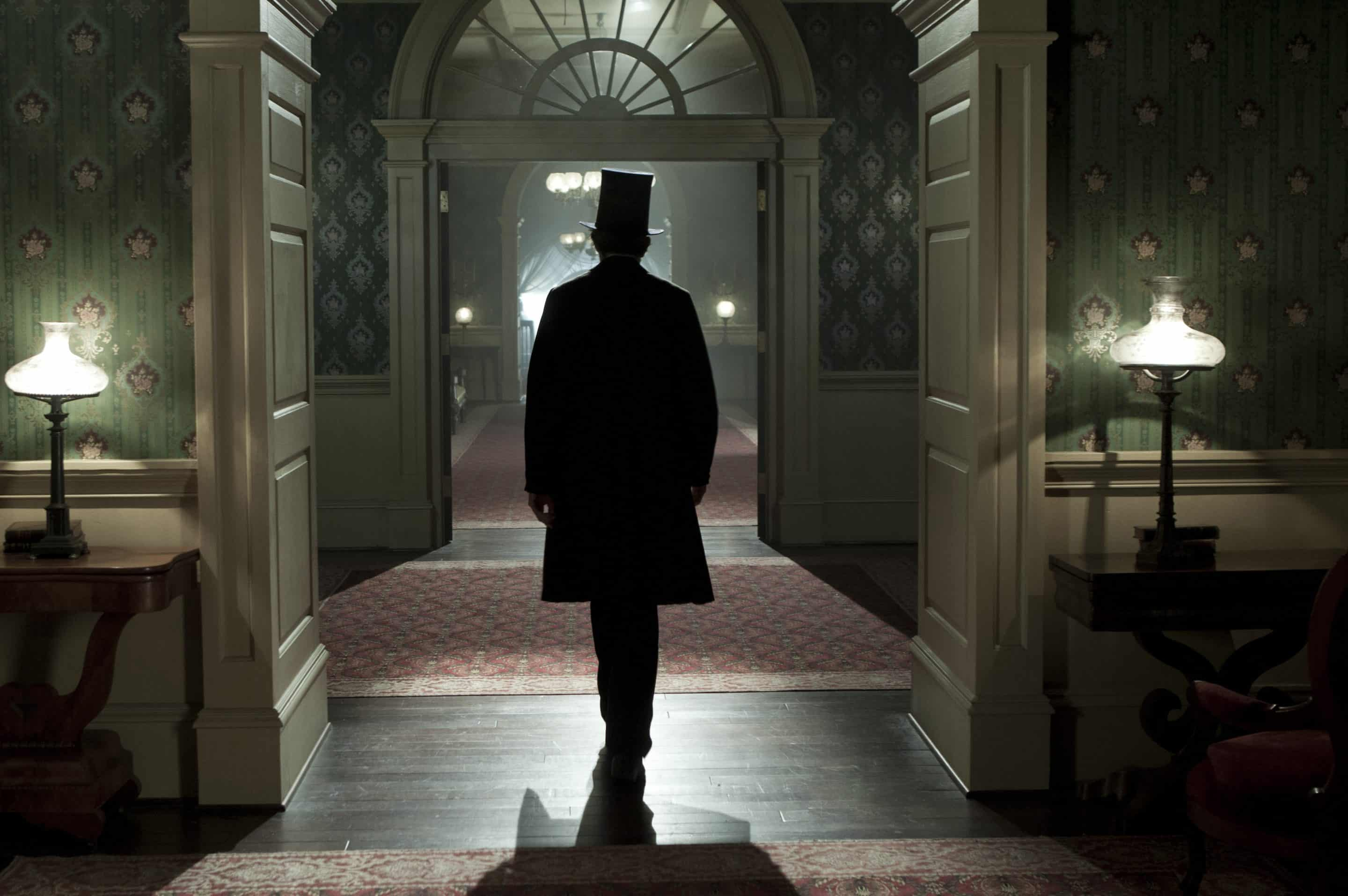 Steven Spielberg's Lincoln: A Powerful Look At Our Nation's History