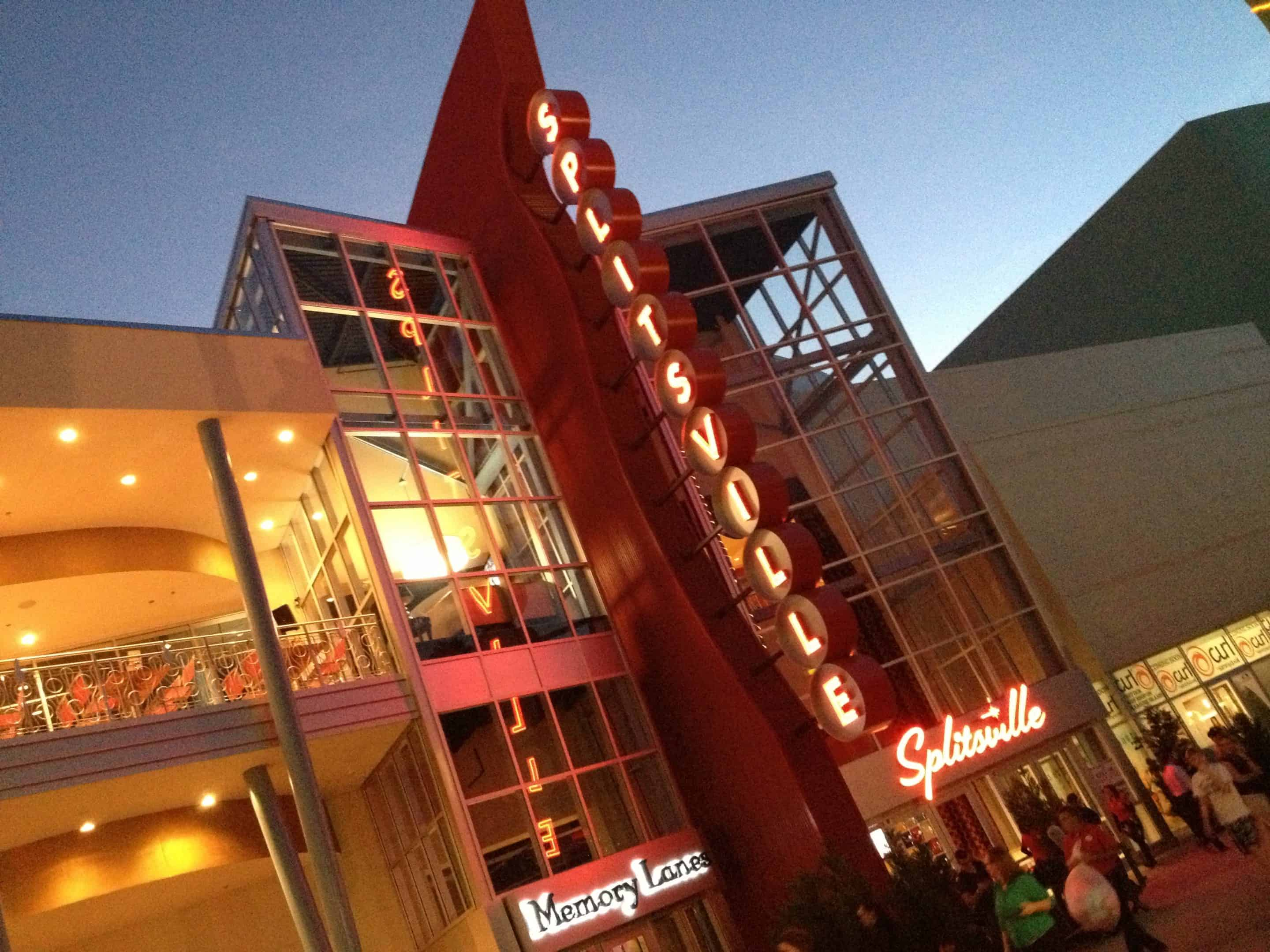 Splitsville Luxury Lanes-Bowling Dining & More at Downtown Disney