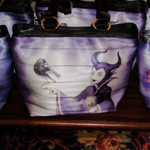 Harveys Seatbeltbag Maleficent