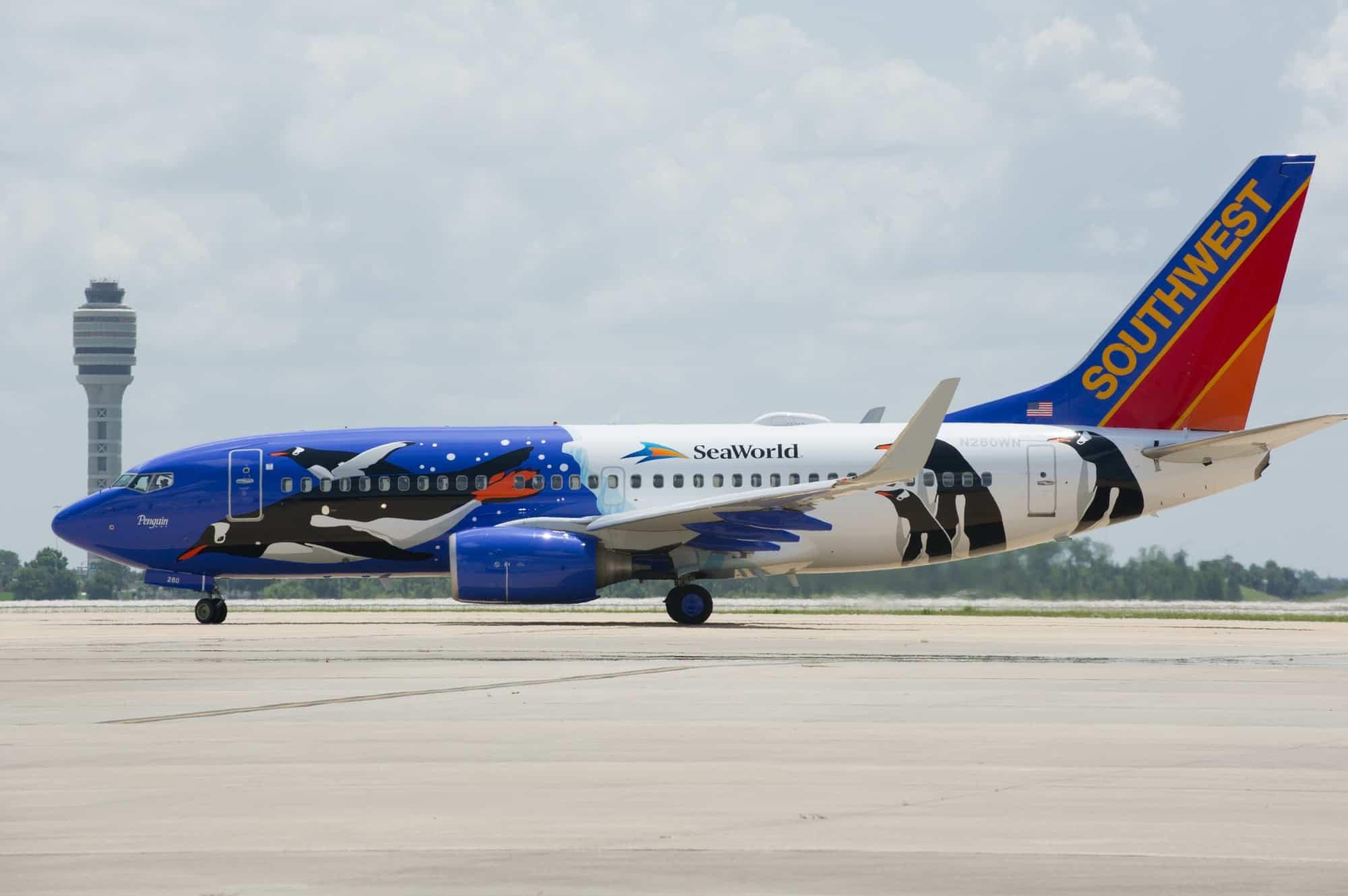 20130620_Southwest Penguin Plane Reveal_36