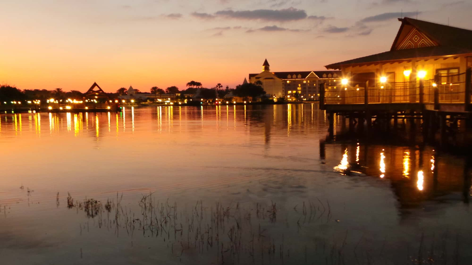 Disney's Polynesian Village Resort beach