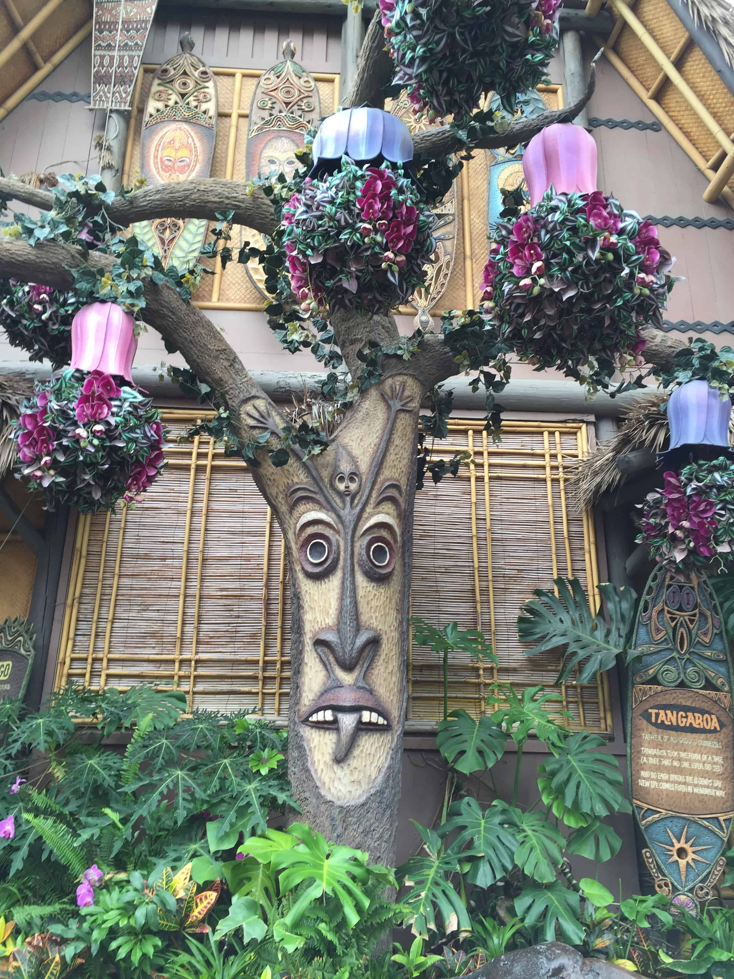 Enchanted Tiki Room Queue